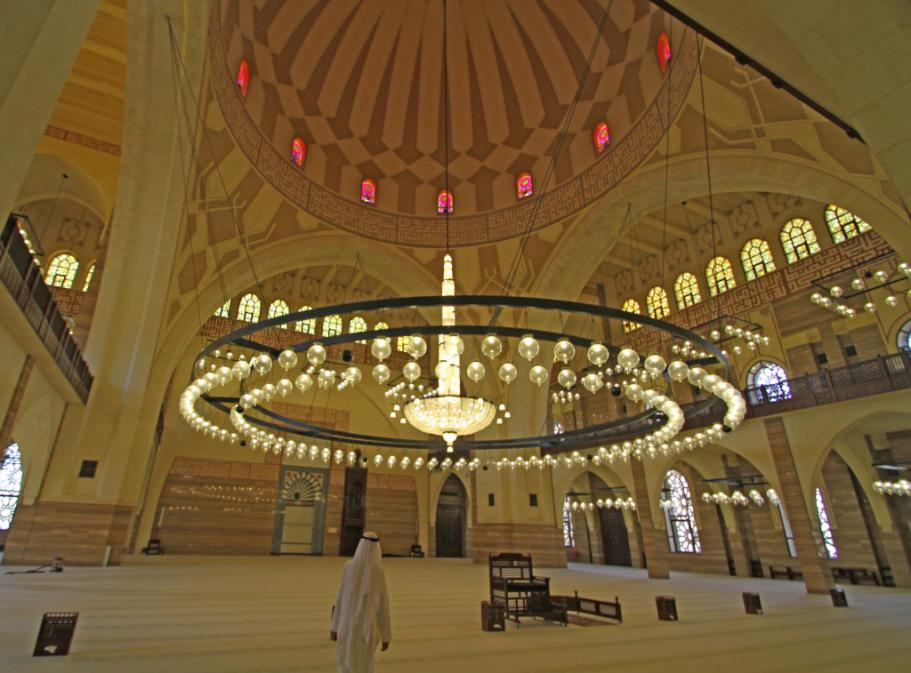 Bahrain-Al-FatehMosque-11AUG13-01