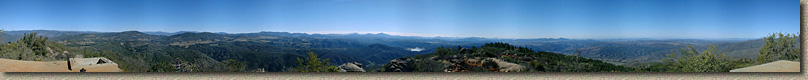 BlackMountainEpic-3FEB02-BlackMoutainPeak-Pan.jpg (117842 bytes)